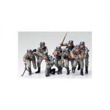K293 TAM35030 GERMAN ASSAULT TROOPS 1:35